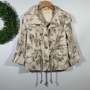 Daughters of Liberation . Floral Print Jacket . 2